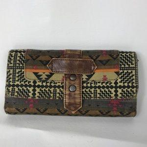 ❌SOLD❌ Aztek Pattern Beige Black Fabric Wallet